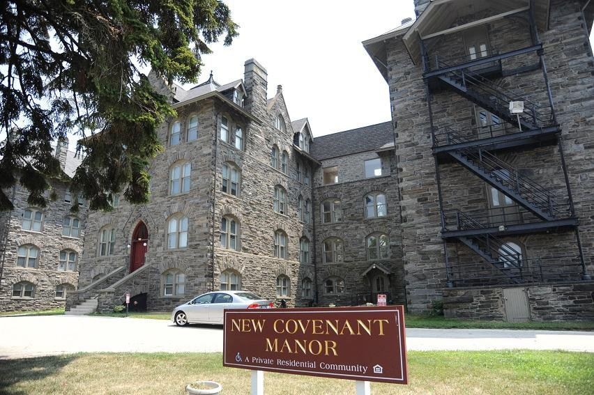The exterior of New Covenant Manor, located on the New Covenant Campus.